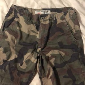 American Eagle, classic length shorts, size 32